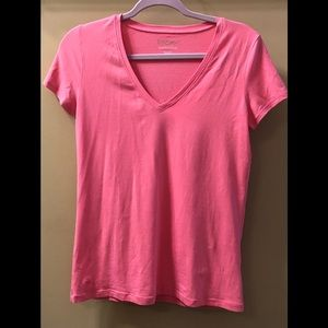 Lilly Pulitzer Hot Pink Stretch V neck T shirt
